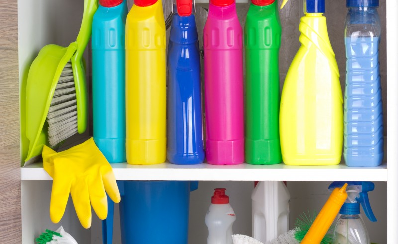 4 Steps to Decluttering the Cabinet Under Your Sink