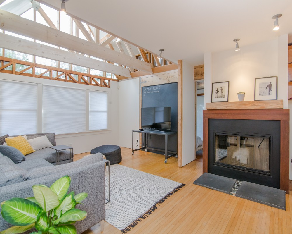 Five Tips to Stage Your Home for Buyers or for Yourself