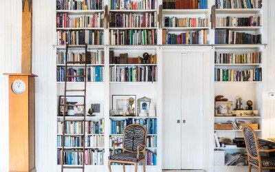 7 Impressive Doorway Bookcases
